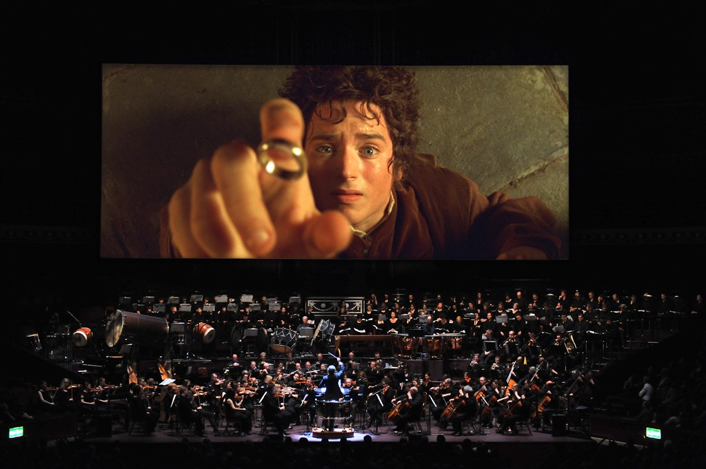 LORD OF THE RINGS IN CONCERT и KEEN ACTS отлагат шоуто за 2021 137