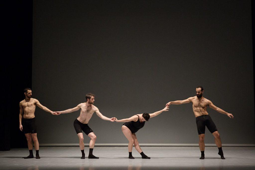 Димитрис Папайоану открива13-ото издание на международния фестивал за съвременен танц 147