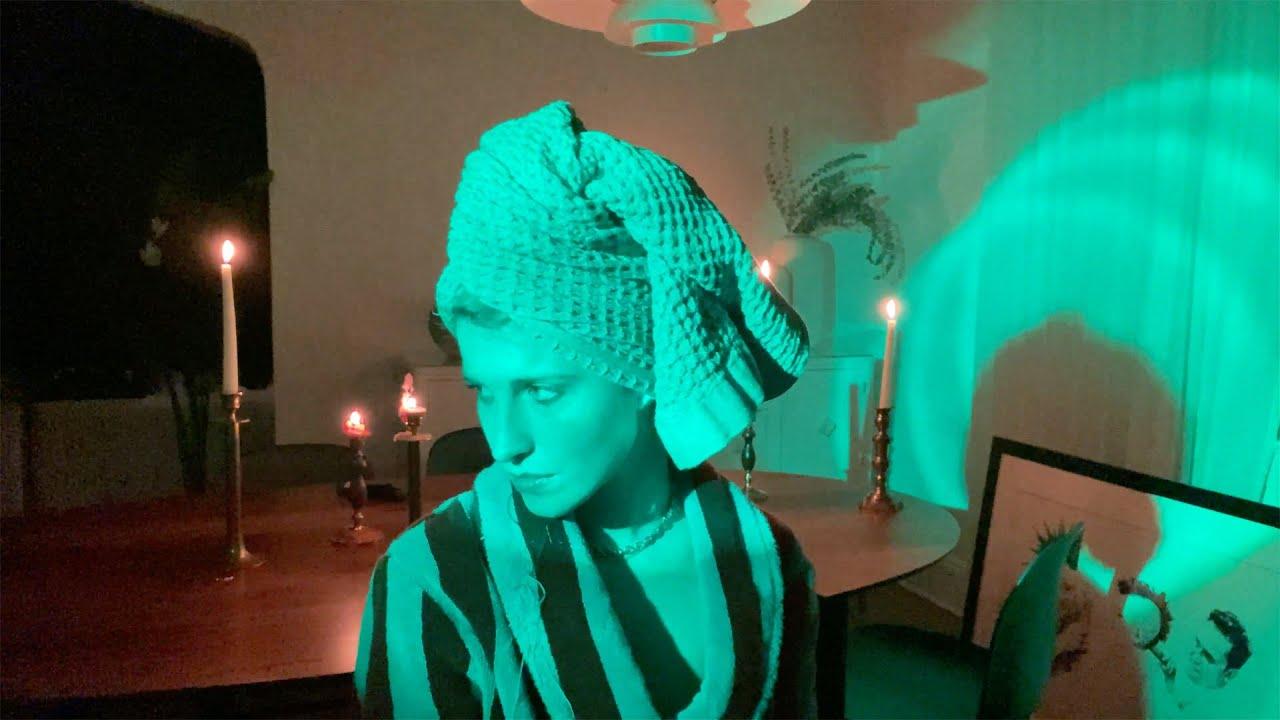 Hayley Williams продължава редицата си от кавъри на песни 51