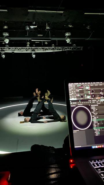 """Проектът """"CLASH! среща на класическия и съвременния танц 141"""