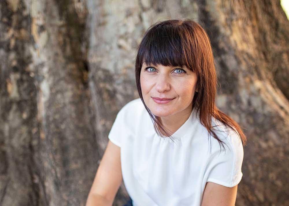 """""""Глина"""", дебютният роман на Виктория Бешлийска, с втори тираж! 141"""