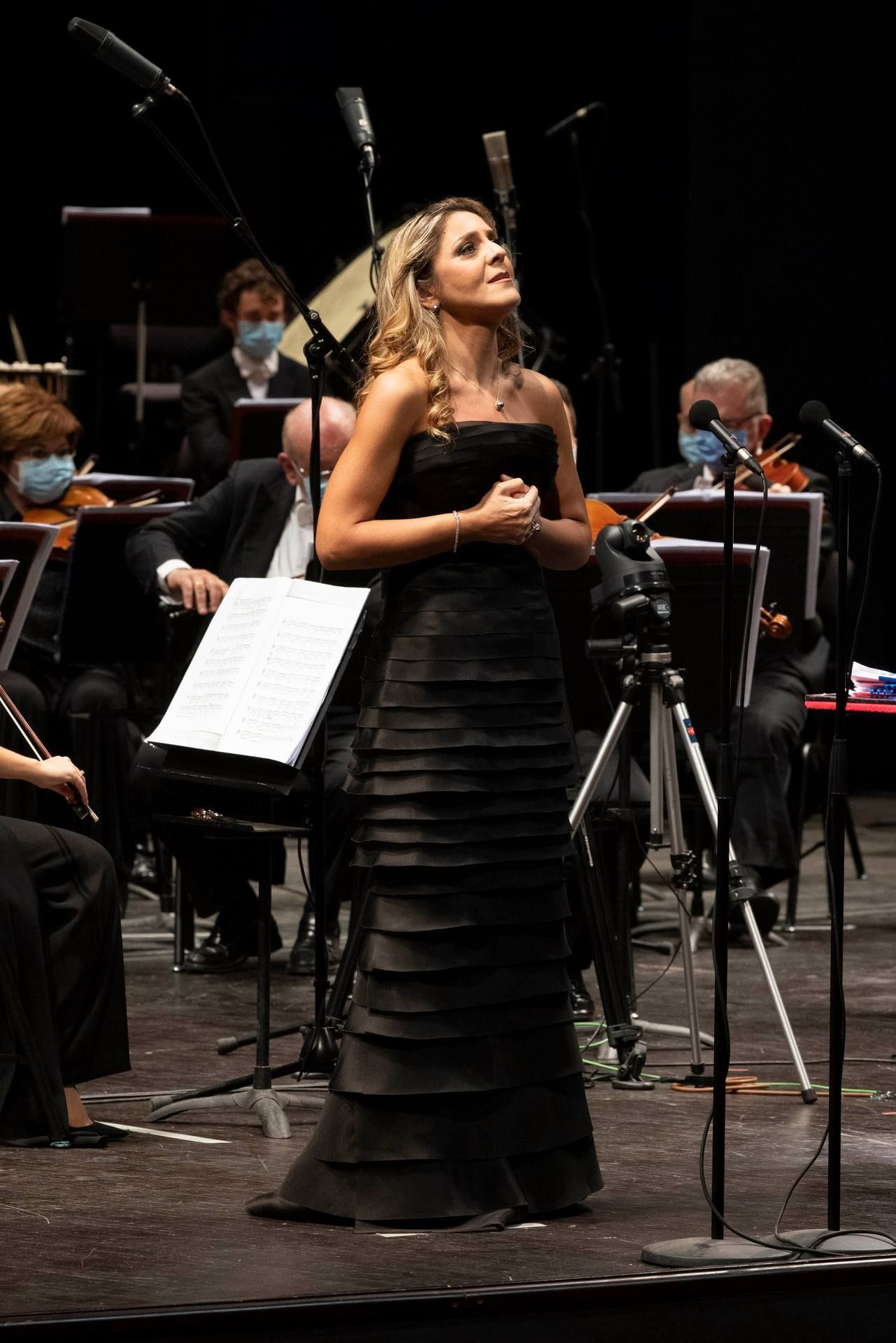 Прочута ученичка на Райна Кабаиванска с концерт в Ла Скала 139