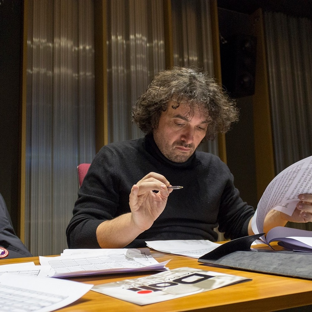 Композиторът Петър Дундаков с мащабен музикален проект 33