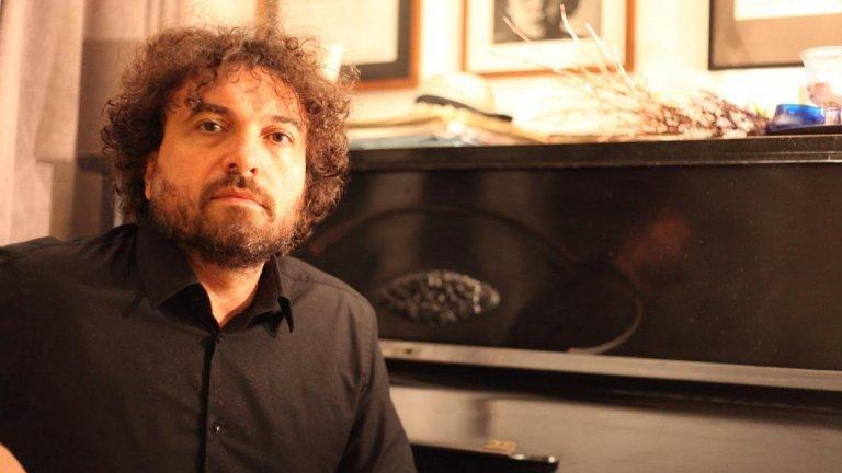 Петър Дундаков обединява класическа музика, джаз, народни мотиви и съвременна музика в едно 28