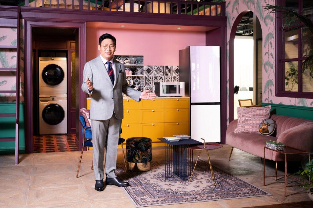 Samsung България стартира кампанията по предварителните поръчки на иновативните хладилници от гамата Bespoke 40