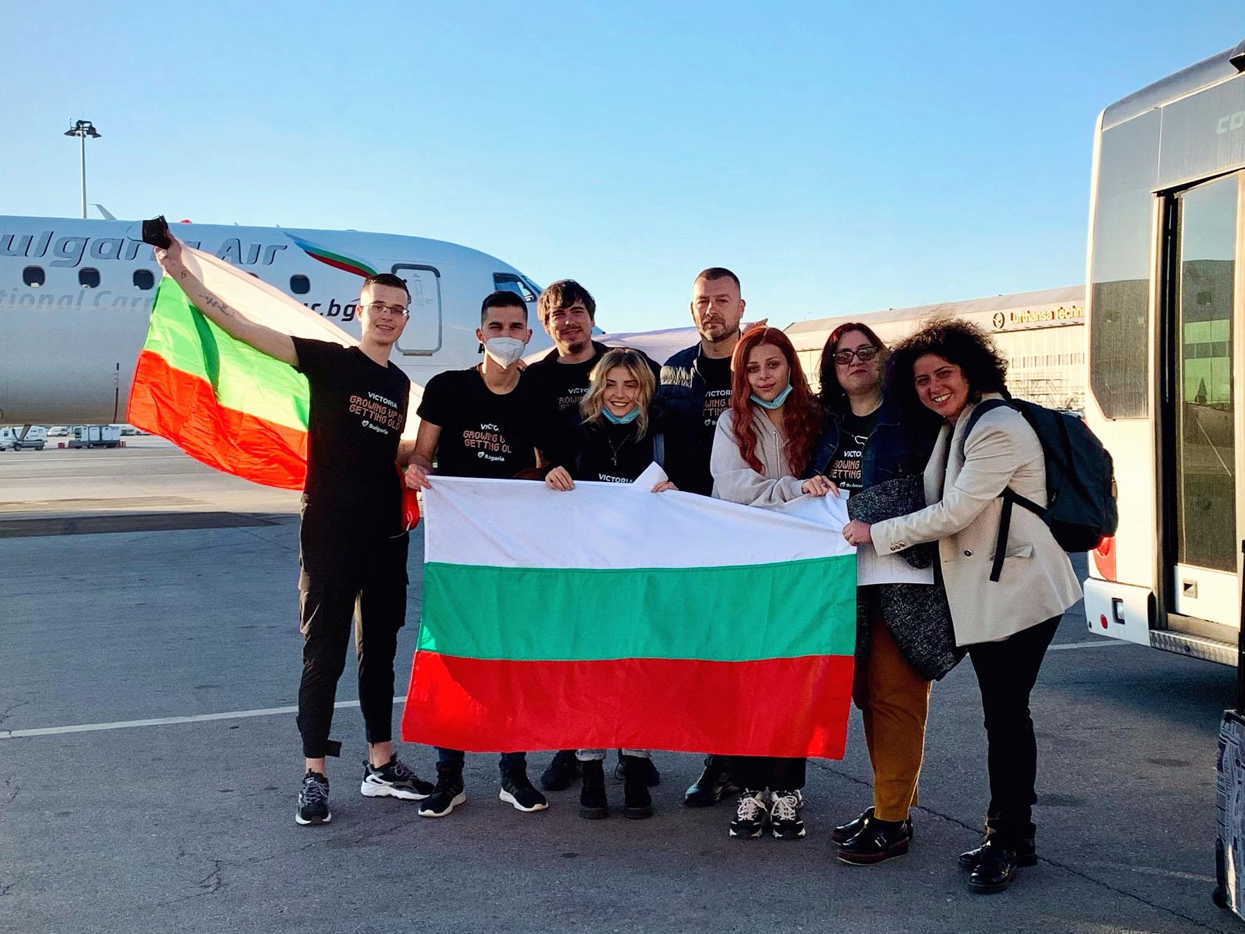 Виктория пристигна в Ротердам за Евровизия 2021 27