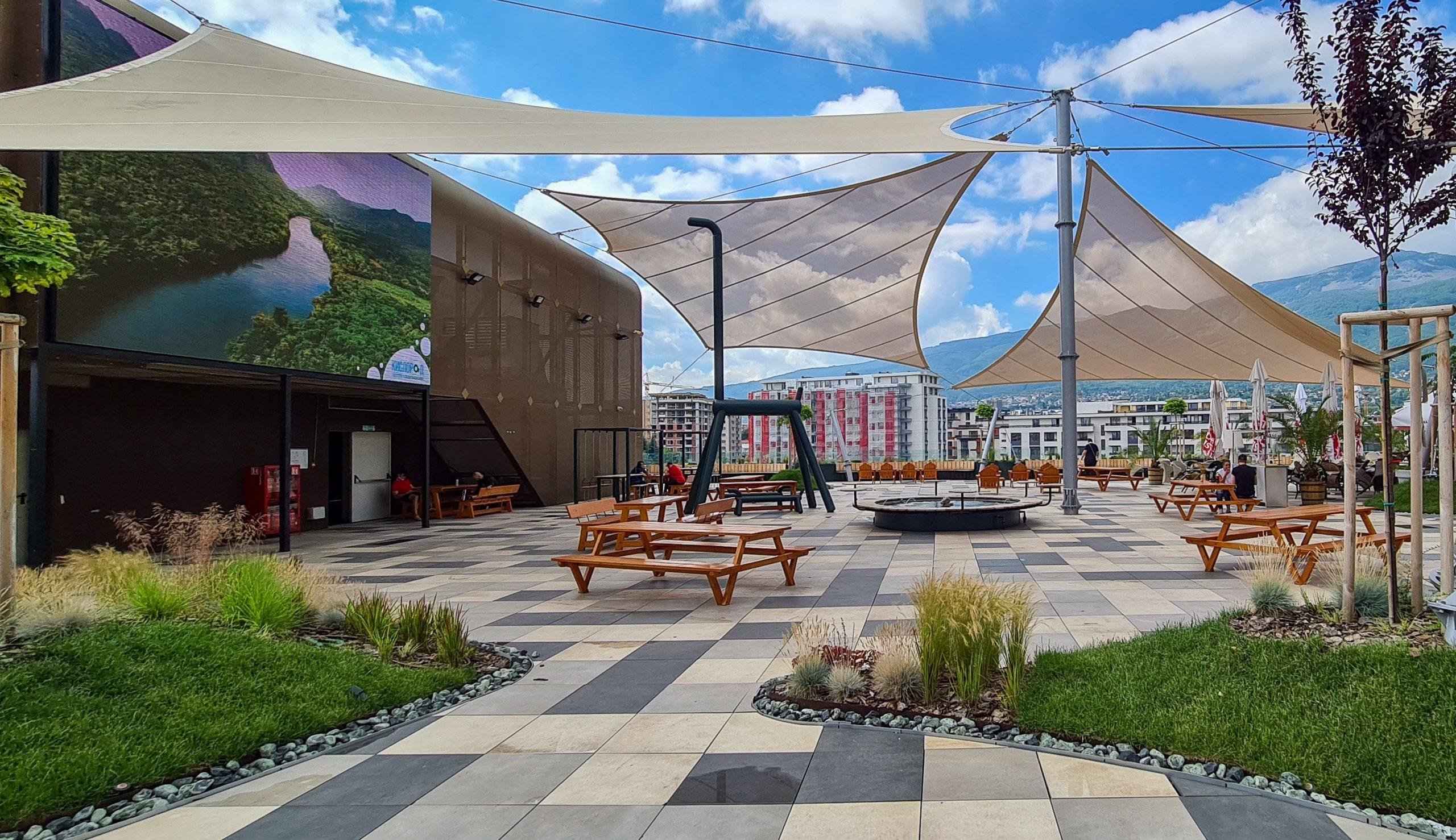 Paradise Center ще излъчва пряко Европейското първенство по футбол на откритата реновирана тераса 141
